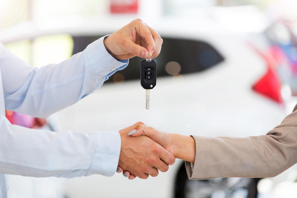 Продажа автомобиля на Авито
